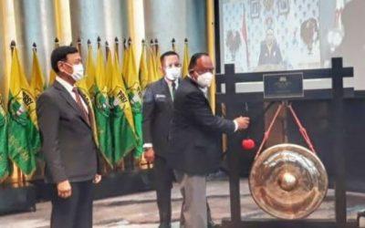 Ketua Umum KONI Pusat Pukul Gong di Hari Pembukaan Munas XXIII PP.PBSI