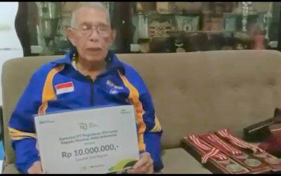 Legenda Balap Sepeda Hendrik Brocks Terima Penghargaan Pegadaian