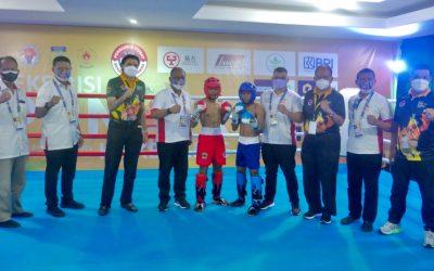 Ketum KONI Pusat Membuka Resmi Eksibisi Kickboxing PON XX